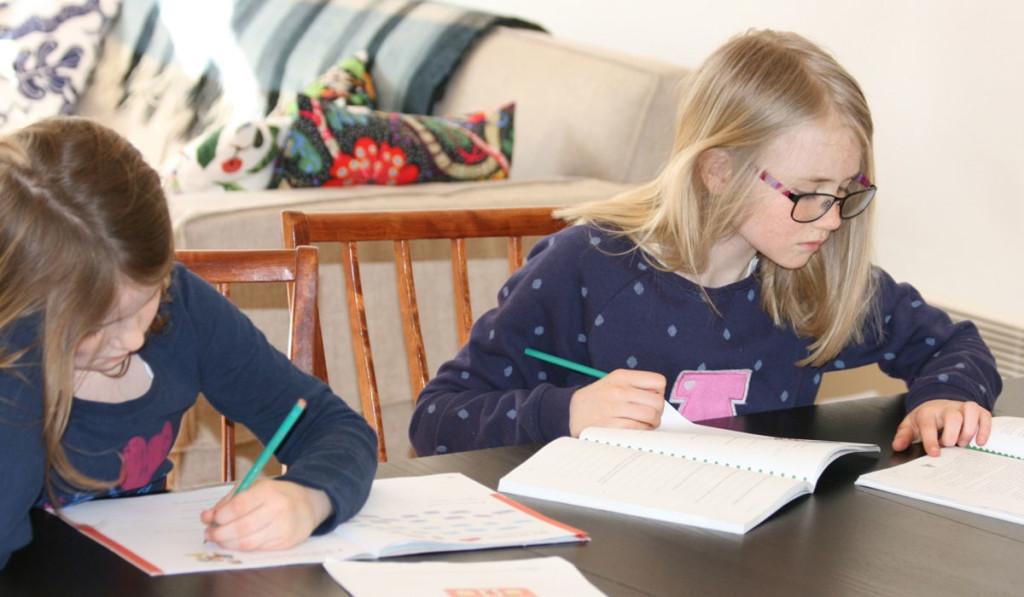 Barn som studerar